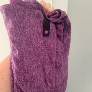 Lulu Lemon purple reversible scarf